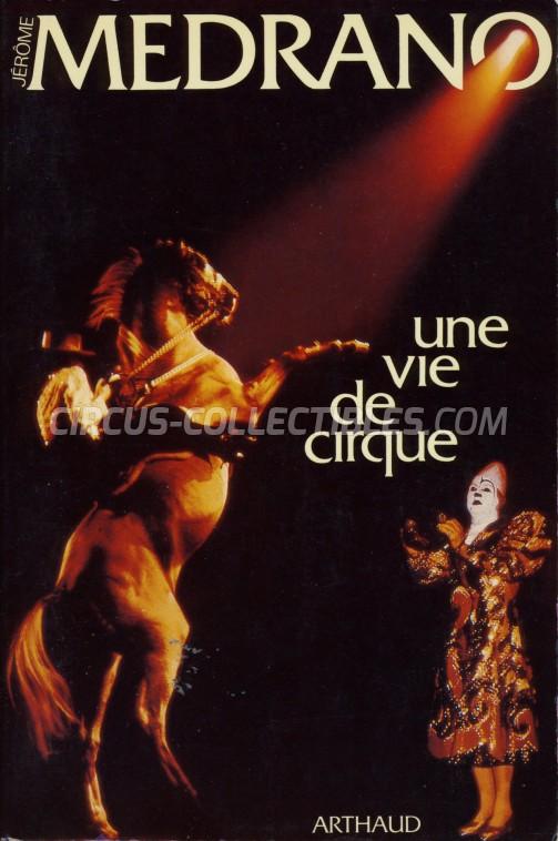 Une Vie de Cirque - Book - 1983